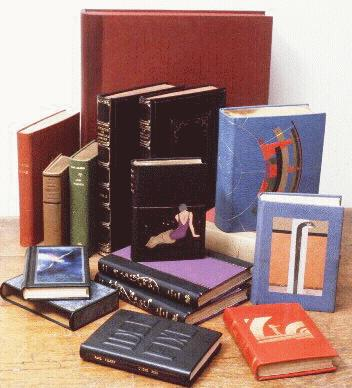 How to make a book? The Bookbinding Studio offers free tutorials